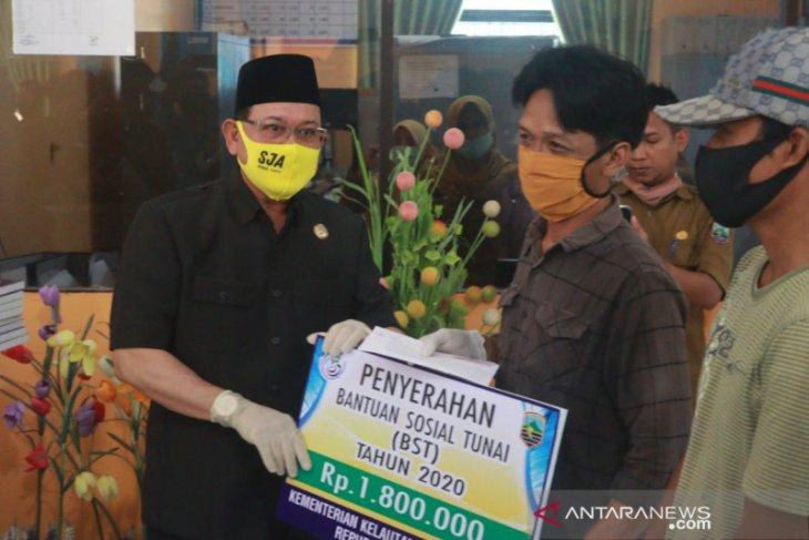 181 Kotabaru's fishermen receive BST