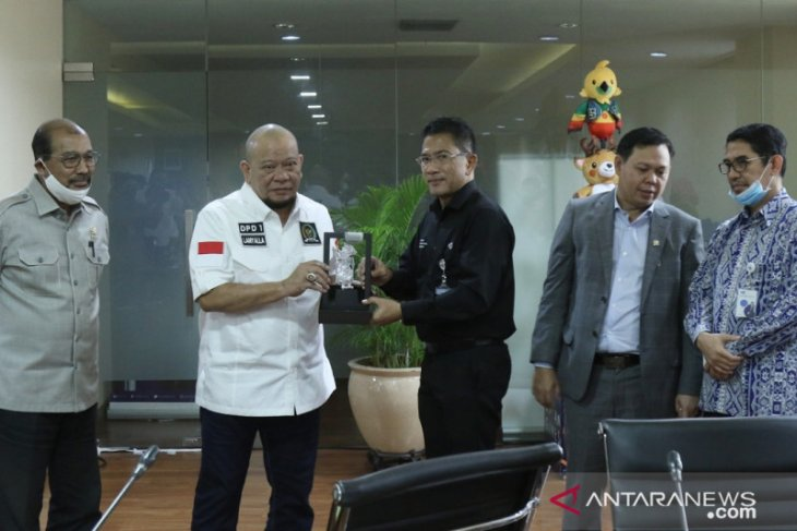 TVRI akan hidupkan lagi program Kabar Senator