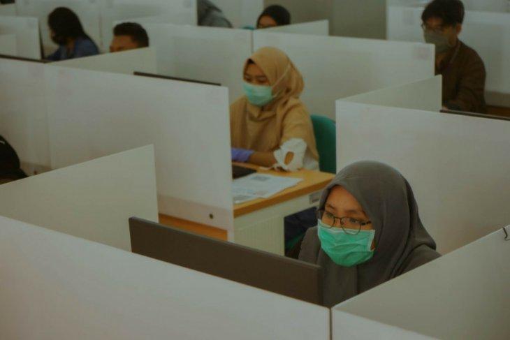 Unair tidak wajibkan peserta UTBK bawa hasil rapid test