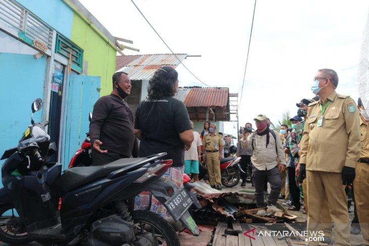 Pemprov Kalbar alokasikan 10.000 keping seng untuk korban puting beliung