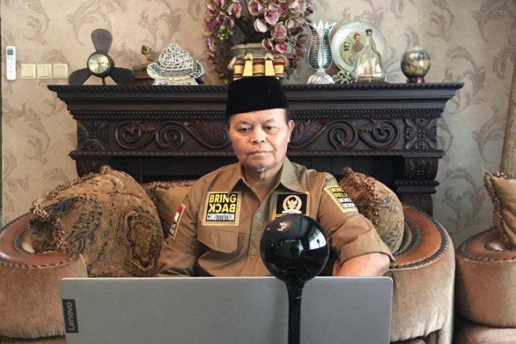 Wakil Ketua MPR tolak sanksi pidana Pesantren dalam RUU Cipta Kerja