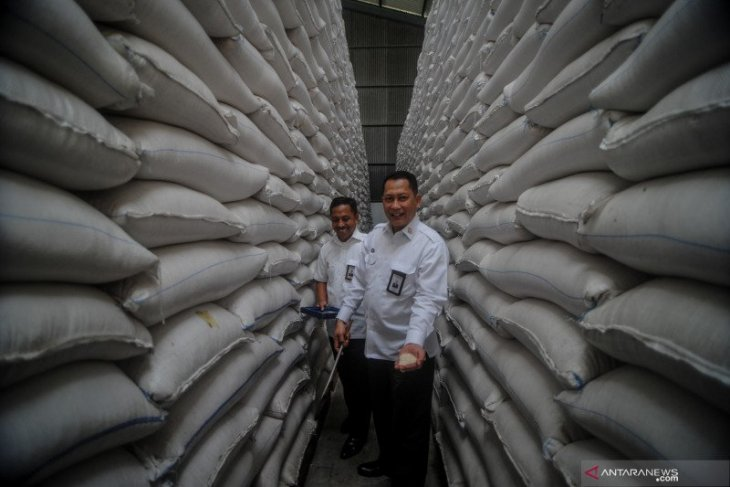 Bulog registers  rise in online rice sales through iPangananDotCom