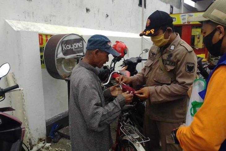 Pemkot Kediri kembali bagikan ribuan masker kepada warga