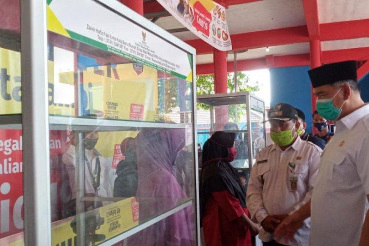 200 pelaku UMKM di Kota Jambi menerima bantuan etalase