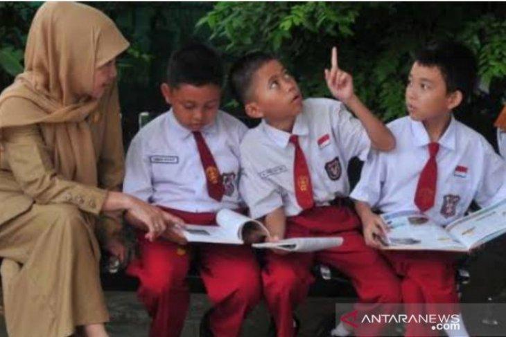 Terkendala internet, sekolah di pedalaman Tulungagung berlakukan pembelajaran luring