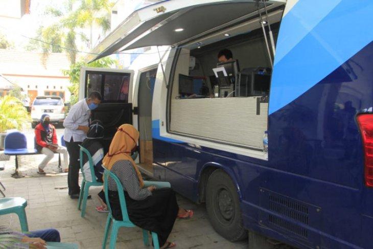 Banyuwangi berikan layanan jemput bola pengurusan administrasi kependudukan