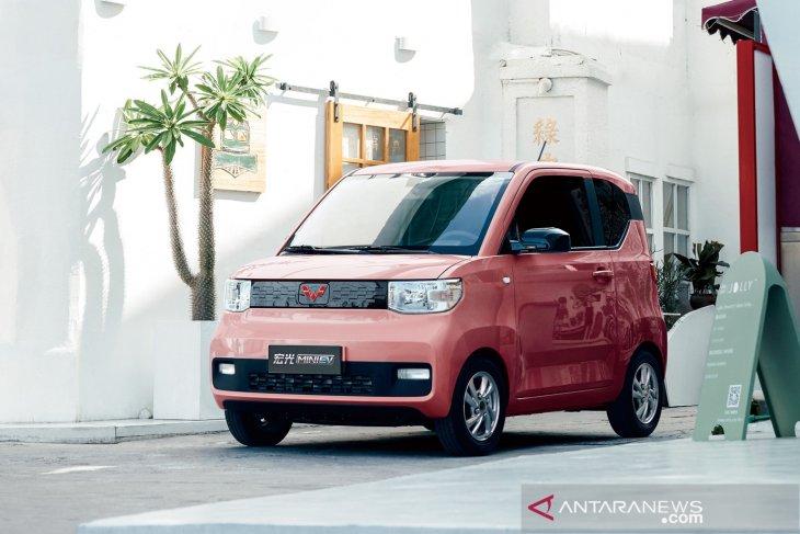 Wuling luncurkan mobil listrik Hong Guang Mini EV Rp60 jutaan