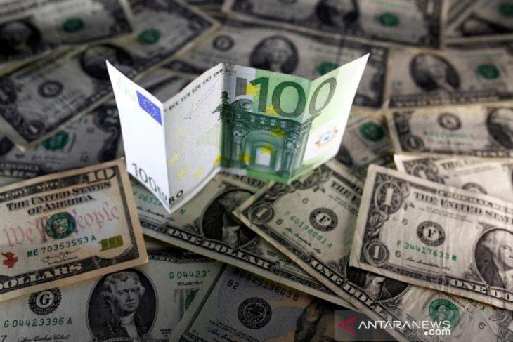 Dolar AS akhiri Agustus di terendah dua tahun