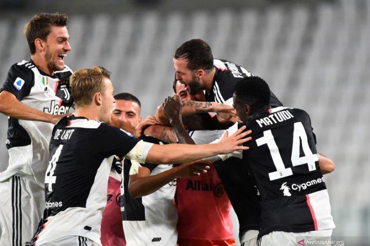 Hantam Sampdoria 2-0, Juve amankan gelar juara Liga Italia
