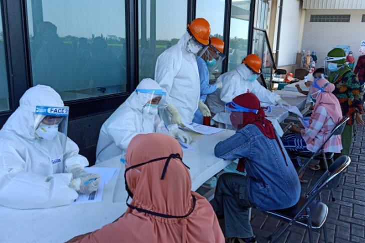15 karyawan pabrik pengepakan udang Situbondo terpapar COVID-19