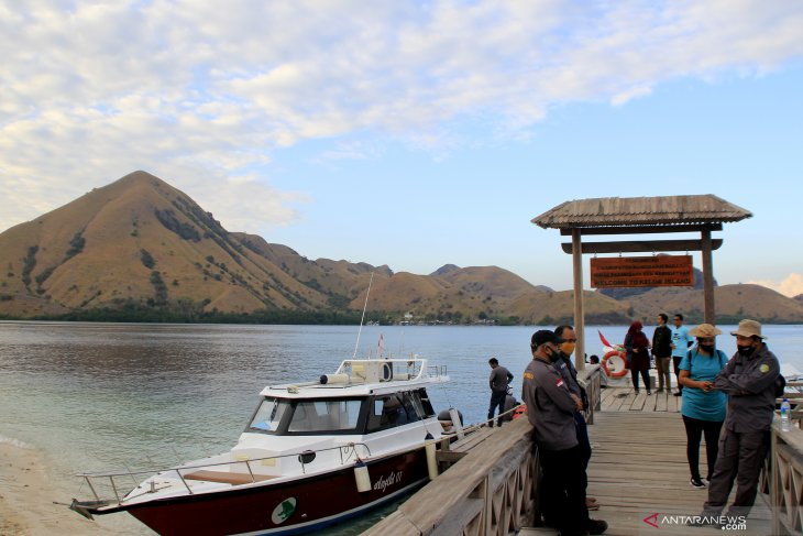 Minister ensures Komodo National Park follows conservation principles