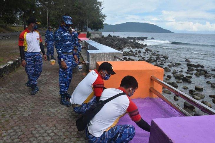Lanud Maimum Saleh bersih kawasan pantai di Sabang