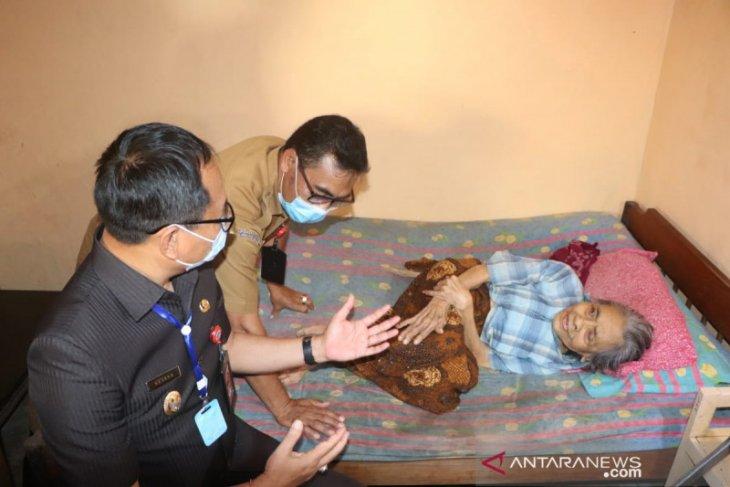 Wakil Bupati Badung berikan motivasi ke lansia