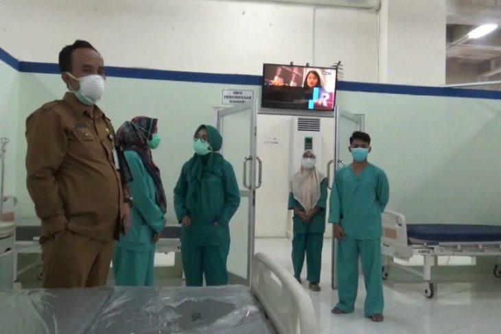 Ruangan pasien COVID-19 sejumlah rumah sakit di Gresik mulai kosong