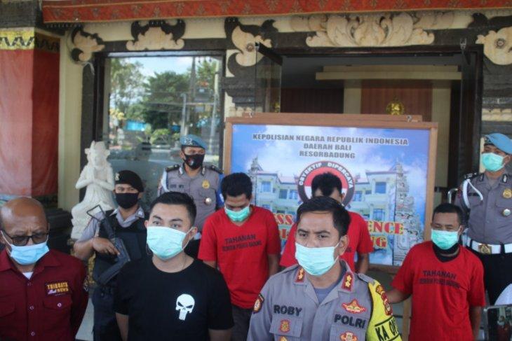 Polisi tangkap tiga pencuri traktor lintas pulau beraksi di lima Kabupaten