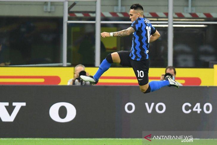 Inter hantam Napoli dua gol tanpa balas untuk rebut peringkat kedua
