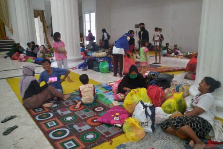 Ratusan orang mengungsi karena banjir bandang di Kota Gorontalo
