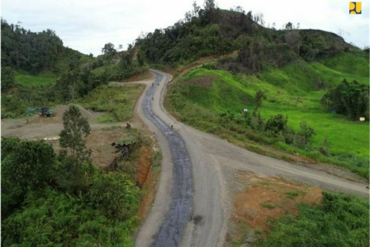 Construction of roads near Indonesia-Malaysia border to continue: govt