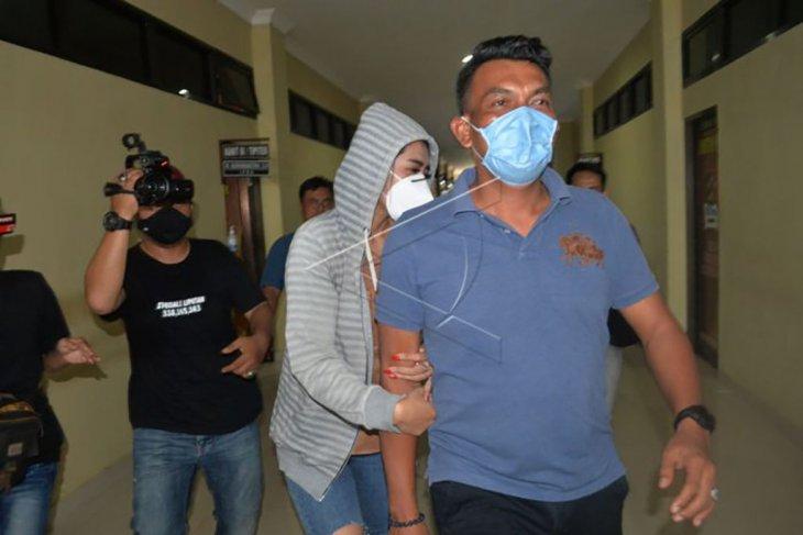 Penangkapan artis diduga terlibat prostitusi