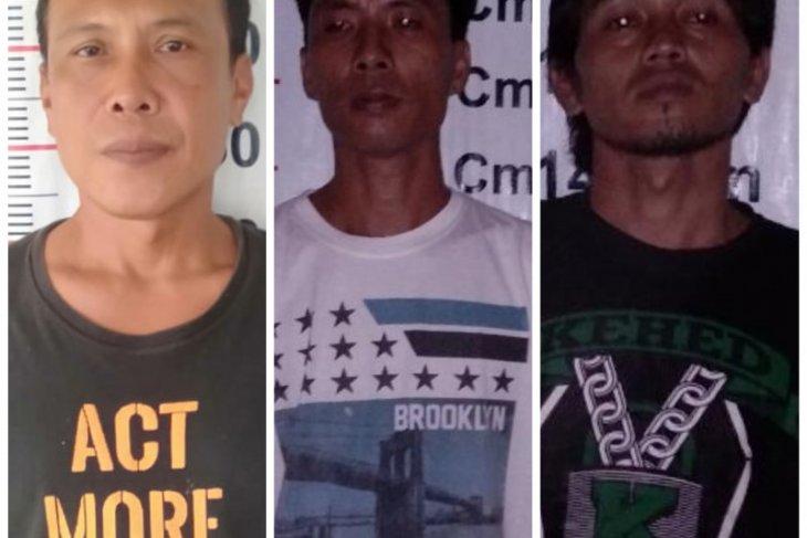 Polsek Pangkalan Brandan tangkap tiga pelaku pengancaman terhadap ibu rumah tangga