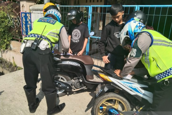 Operasi Patuh 2020, Polres Subang tindak ribuan pelanggar lalu lintas