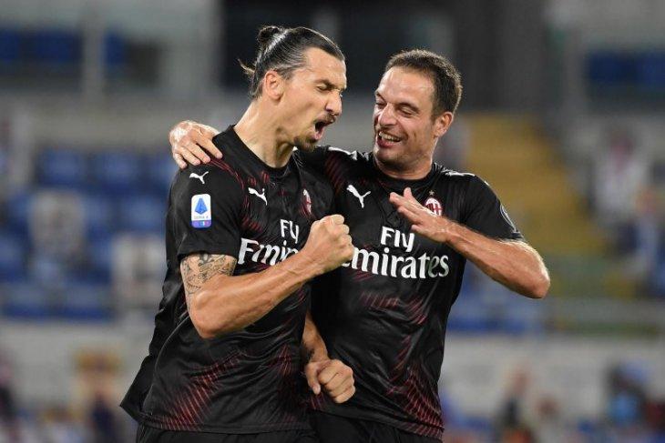 Ibrahimovic menyumbang dua gol untuk  AC Milan saat mengalahkan Samdoria 4-2