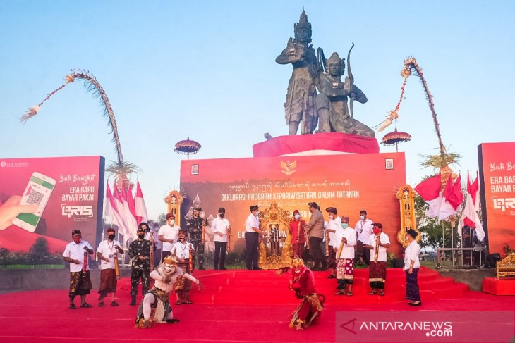 Tourism minister lauds Bali's readiness to welcome tourists