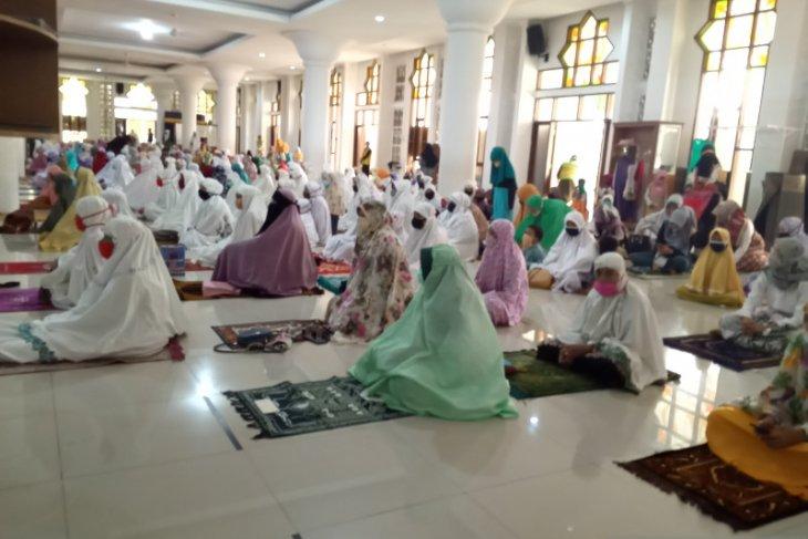 Khatib ajak umat Muslim bersabar di tengah pandemi COVID-19