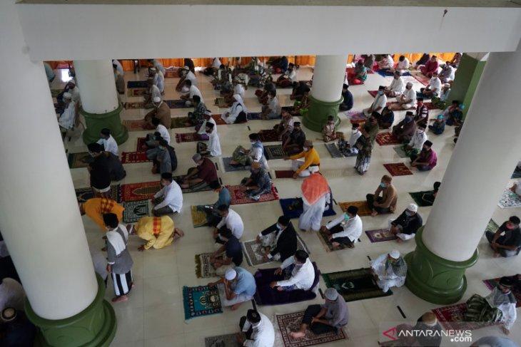 Protokol kesehatan dijalankan saat Shalat Idul Adha di Bone Bolango