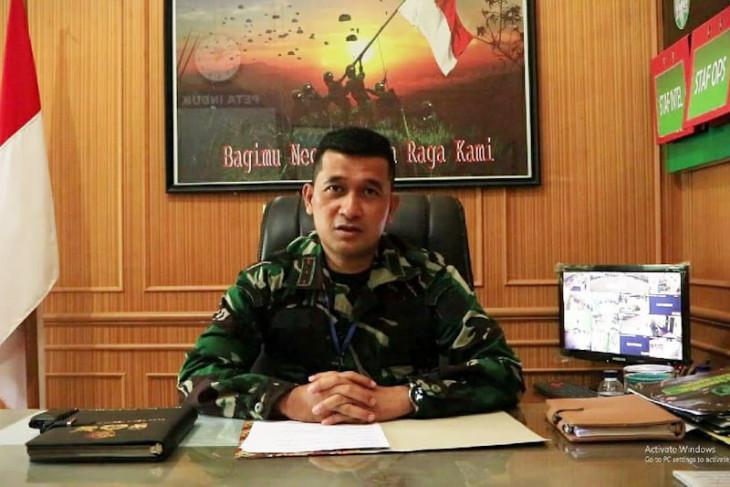Dandim 0104 Aceh Timur ajak warga kibarkan bendera merah putih