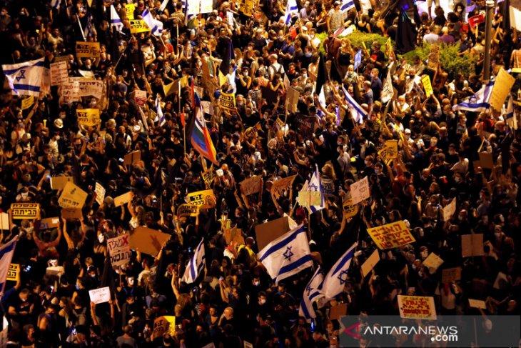 Ribuan orang protes Netanyahu atas COVID-19, dan dugaan korupsi