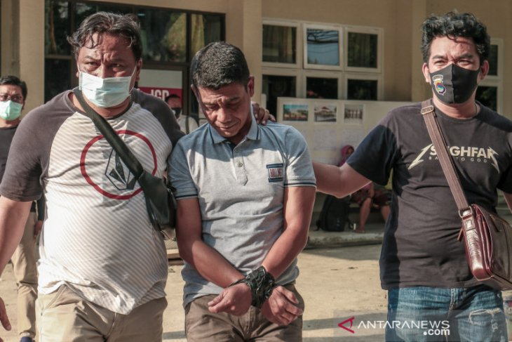 Polisi tangkap penyelundup sabu dalam perut