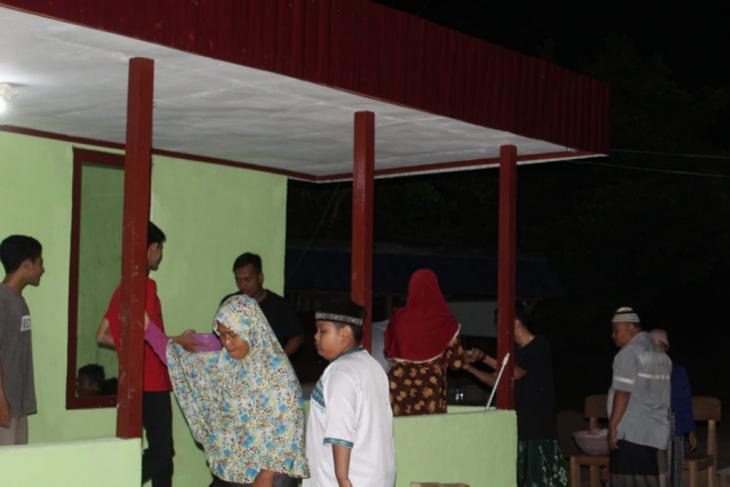 Warga Beringin Rayo saat ini sudah bisa memaksimalkan beribadah di Mushola At Taqwa