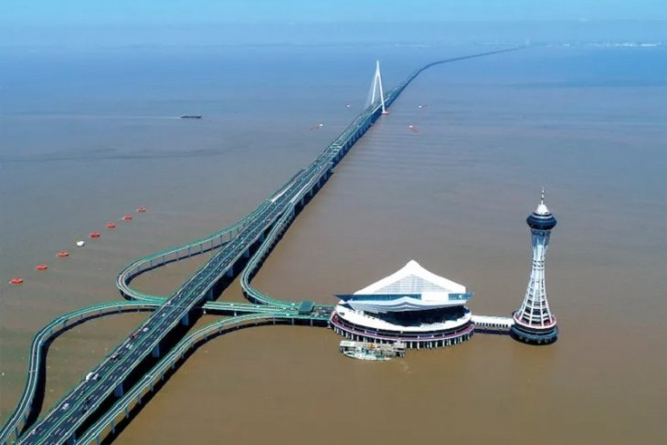 China bangun terowongan kereta api cepat bawah laut 16,2 Km