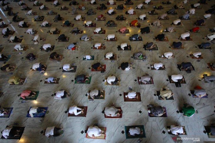 Shalat Idul Adha boleh diadakan di masjid di luar zona merah dan oranye