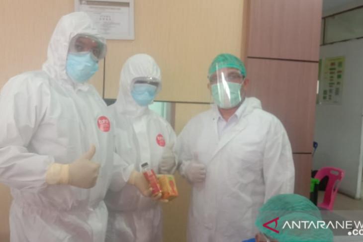 Bupati Tapteng apresiasi bantuan vitamin Martin Manurung bagi tim medis