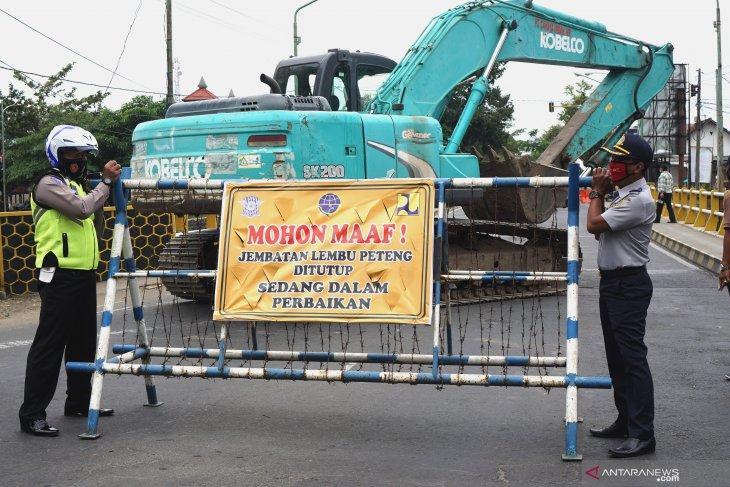 Penutupan Jalan Nasional Tulungagung-Trenggalek