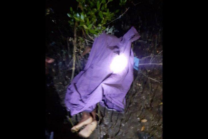 Seorang siswa SD di Bima ditemukan meninggal tersangkut di pohon bakau