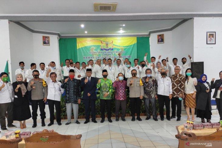 Wabup ucapkan selamat atas dilantiknya Tri Bunadi menjadi ketua KADIN HST