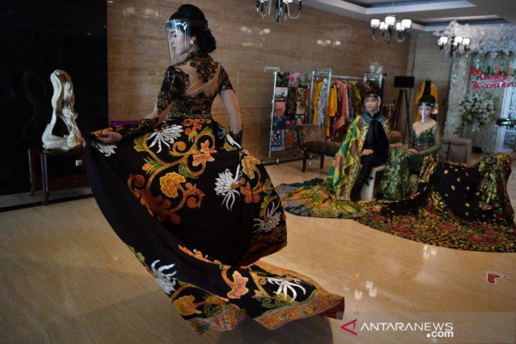 Kiat sederhana  lestarikan batik