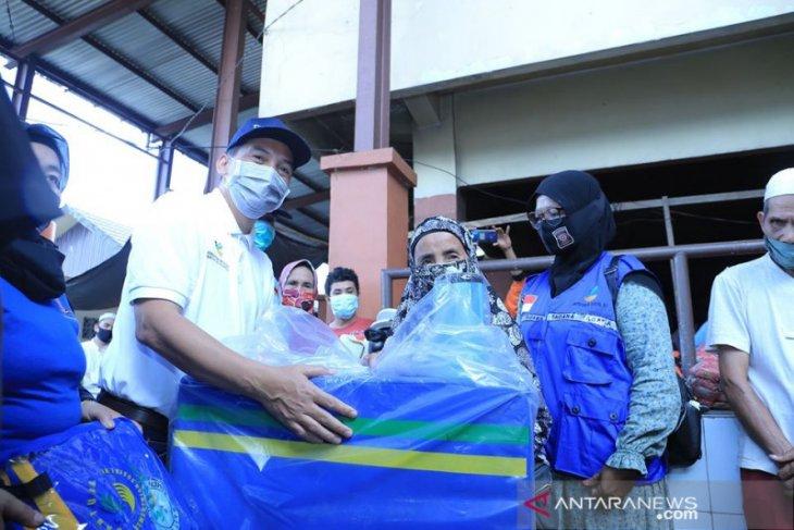 Pemkab HSS salurkan bantuan untuk korban kebakaran di Pasar Kandangan