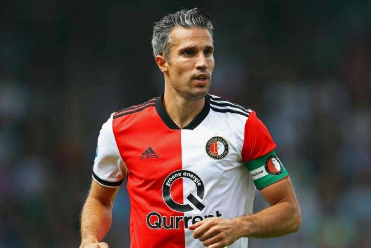 Mantan pernyerang Arsena Robin van Persie resmi jadi staf pelatih Feyenoord