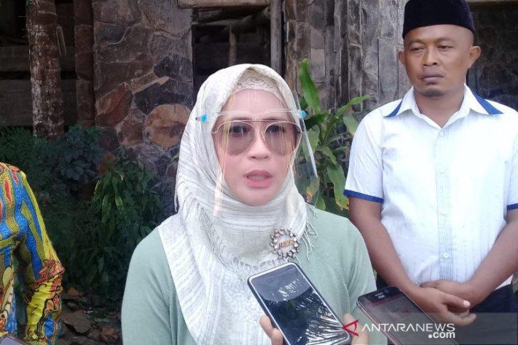 Anggota  DPR: Siswa di desa masih kesulitan belajar virtual