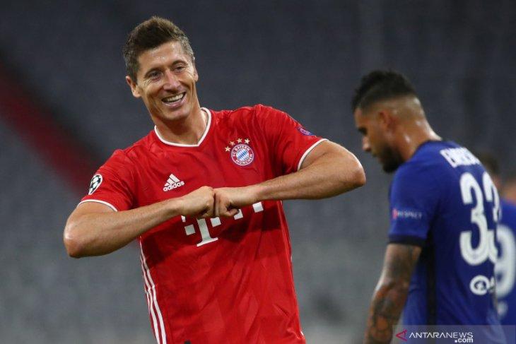 Muller berharap Lewandowski jadi pemain terbaik saat bertemu Barca