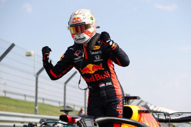 Verstappen raih kemenangan pertamanya,  kalahkan duet Mercedes Lewis Hamilton dan Valtteri Bottas
