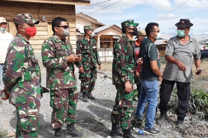 TNI-Polri patroli di kawasan Gunung Sinabung
