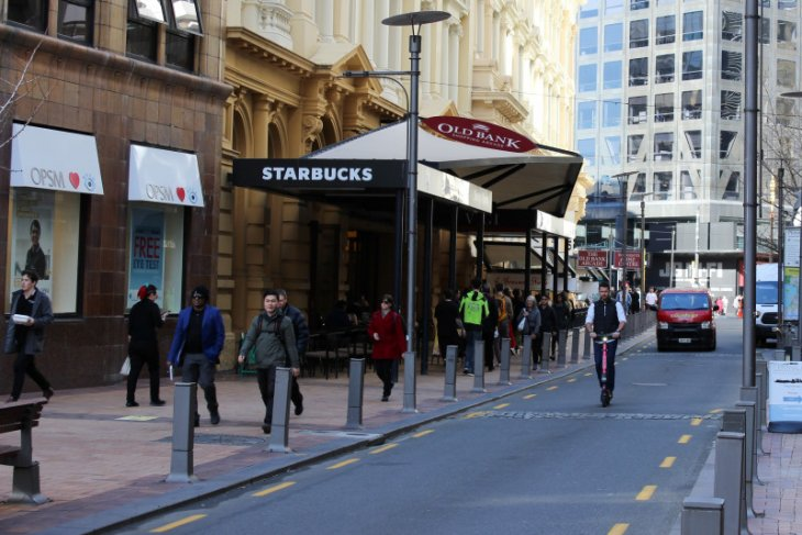 Pandemi COVID-19 di Selandia Baru meningkat, Australia masih berjuang