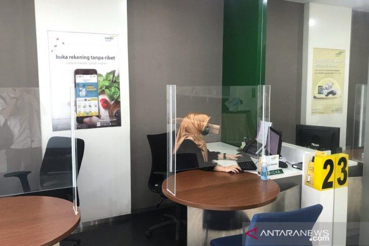 Delapan Bank Mandiri telah terkonversi ke BSM di Aceh