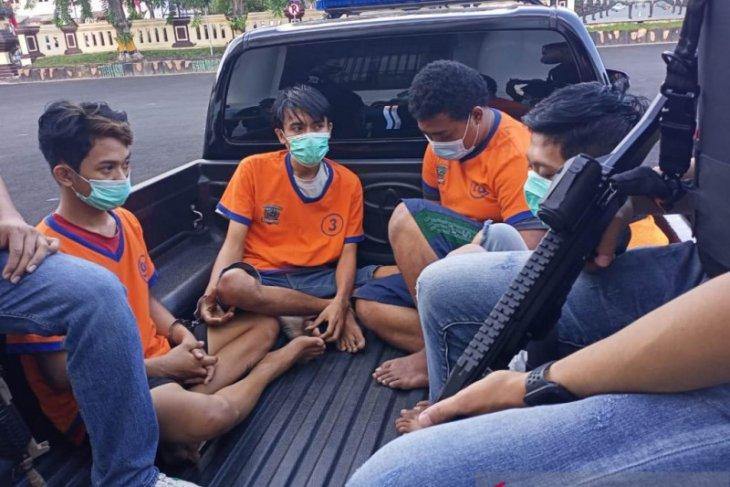 East Java Police kill suspected drug dealer attempting gun assault