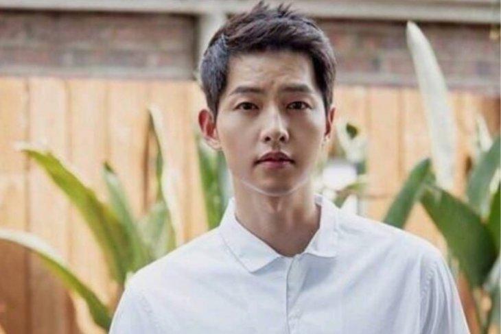 Lima karakter Song Joong-ki yang menawan di drama Korea